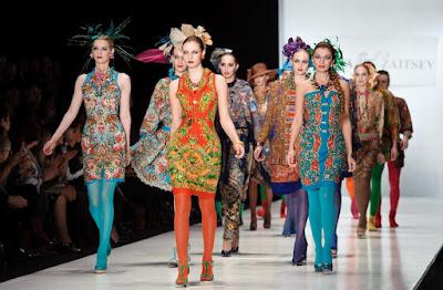 Meraup Untung pada Fashion Wanita ala Yohanes Chandra
