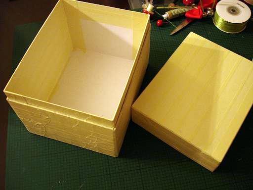 Φτιάξτε Χριστουγεννιάτικα στολίδια με απλά υλικά