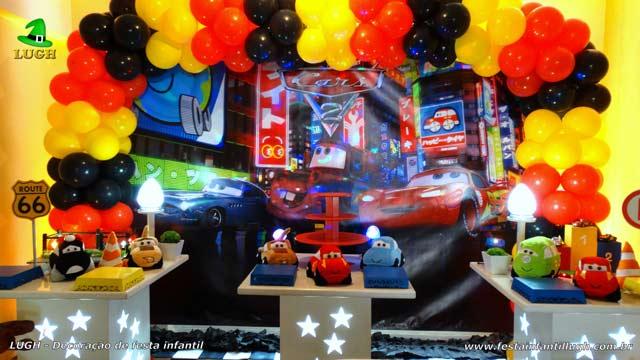Decoração de aniversário infantil Carros Disney