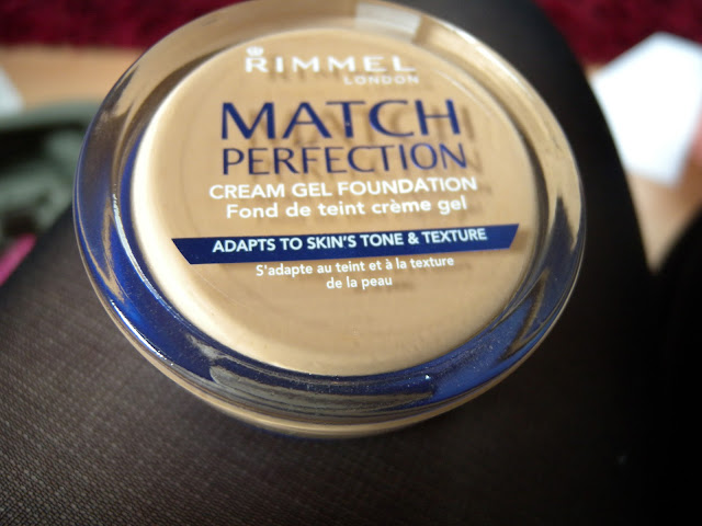 Rimmel Match Perfection cream gel foundation