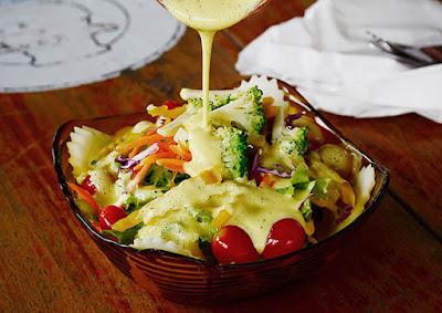 worst salad dressings pour you should avoid
