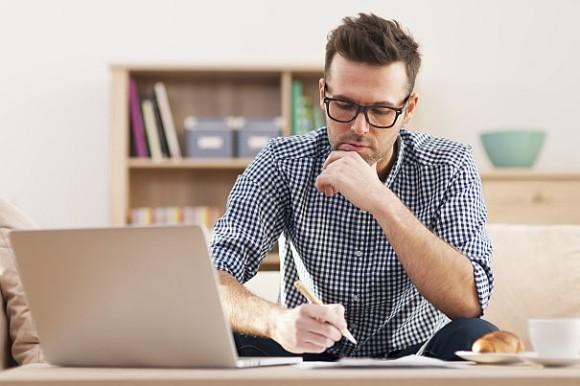 Devenir rédacteur Web à domicile