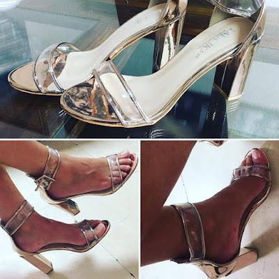 sandalias nude metalizadas, altas,
