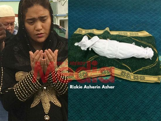 Moga Dia Pimpin Tangan Saya Di Syurga Nanti ~ Azharina Azhar