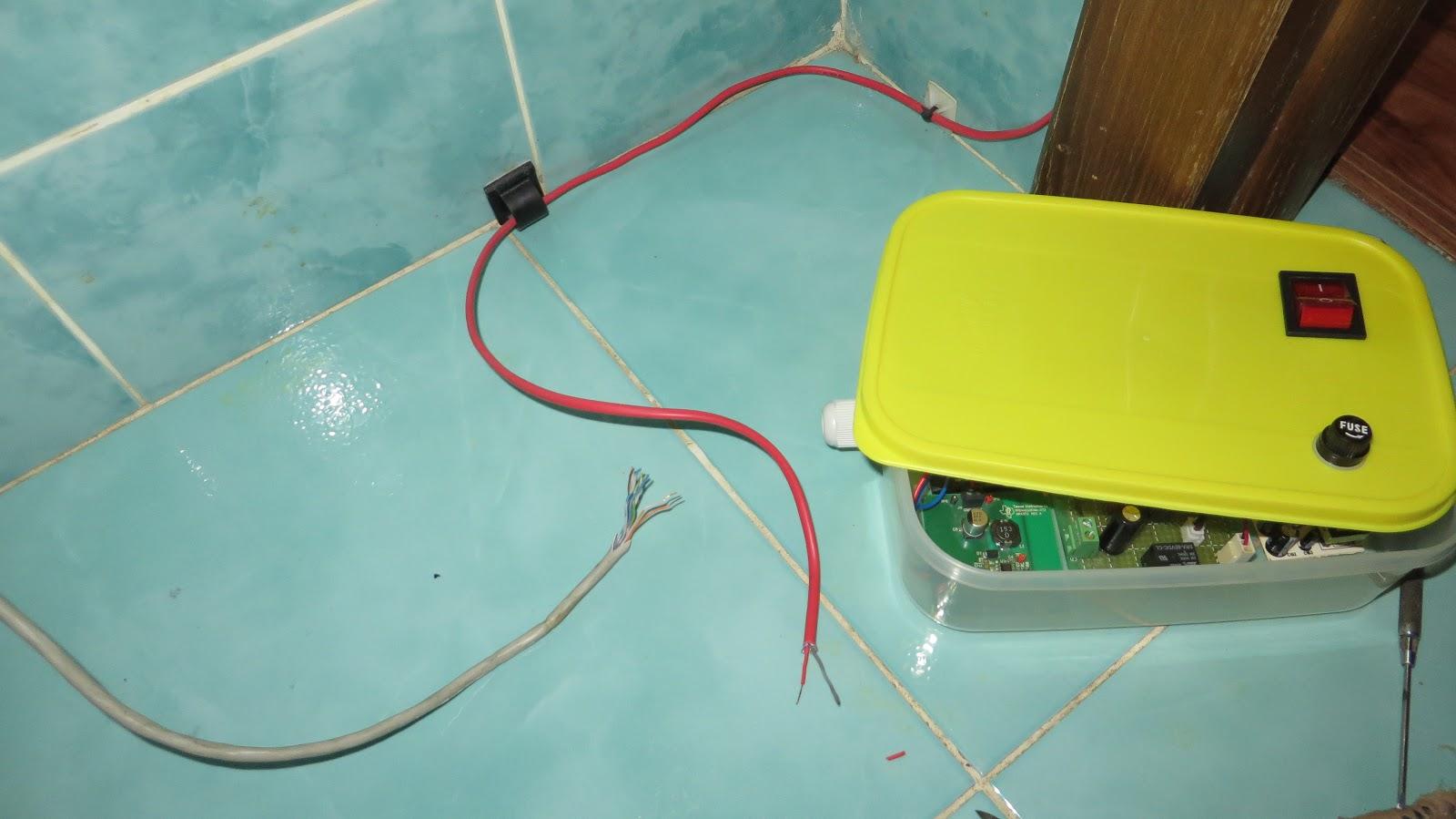 Battery Powered Hot Water Heater - Facias