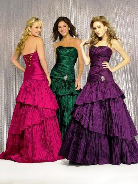 vestidos com cores fortes