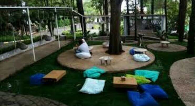 Informasi Lengkap Taman Kardus Bandung (Lokasi, Jam Buka, Tiket Masuk, Menu)