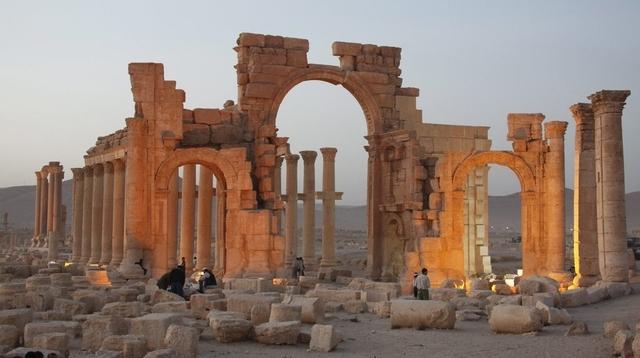 JOURNAL La TRIBUNE DE GENEVE, SYRIE, PALMYRE
