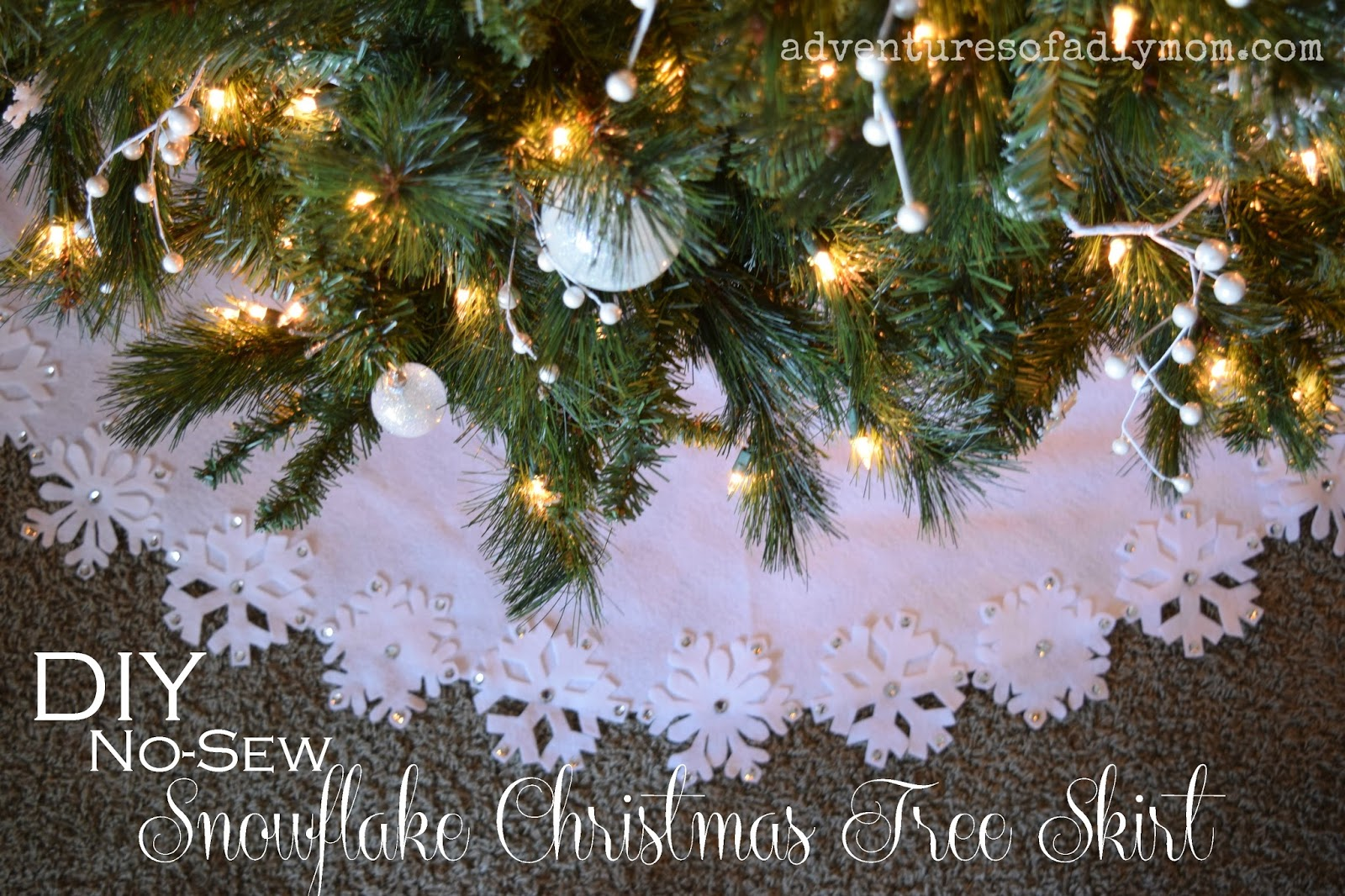 DIY No-Sew Christmas Tree Skirt with Felt Snowflakes - Adventures of ...