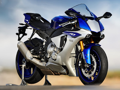 Yamaha YZF R1 HD Photo
