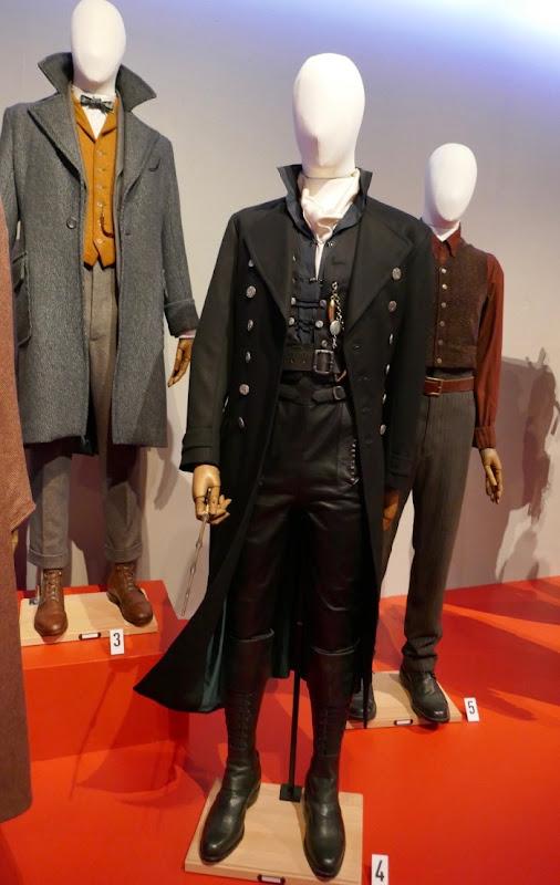 Fantastic Beasts Crimes Grindelwald costumes