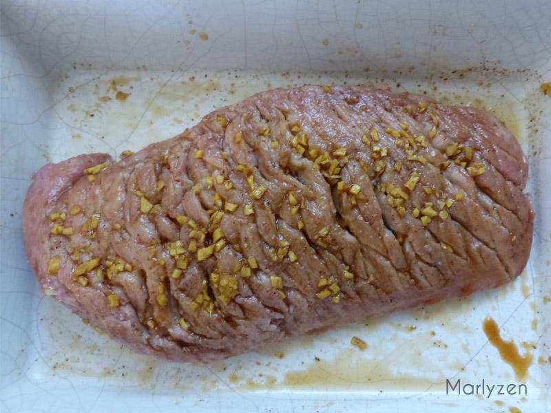 Retirez la graisse du canard.