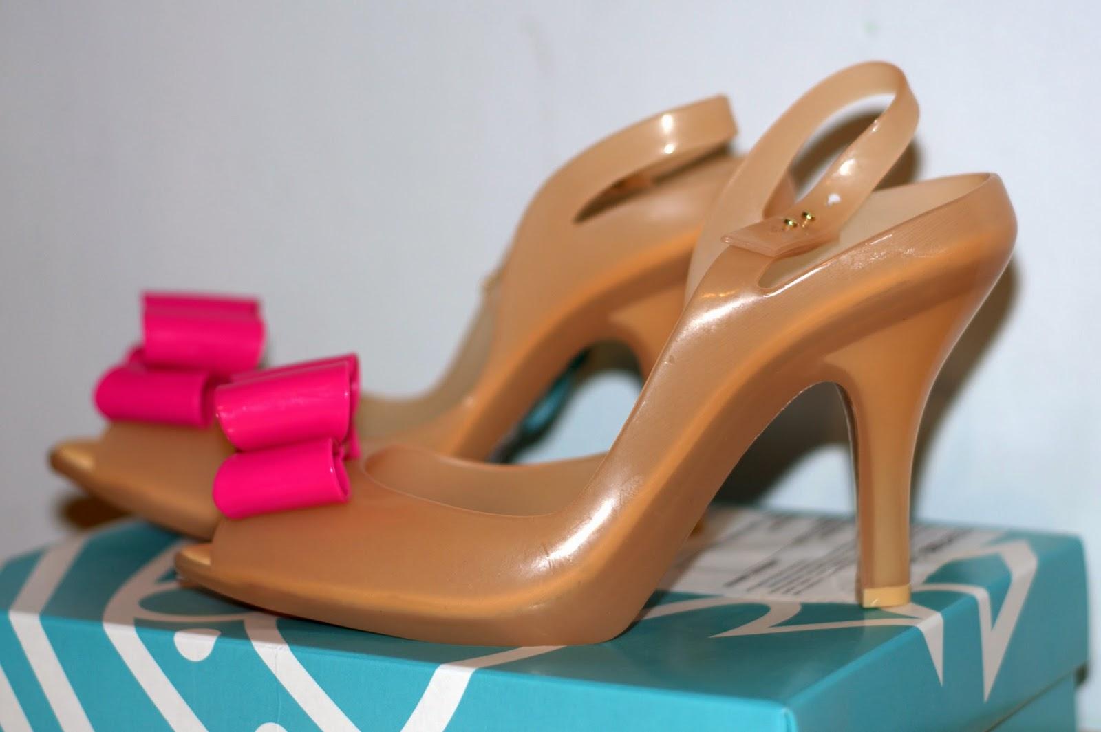 oryginalne buty Melissa Vivienne z różową kokardą