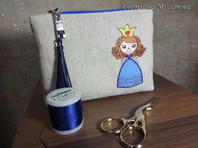 льняная косметичка с вышивкой для девочки