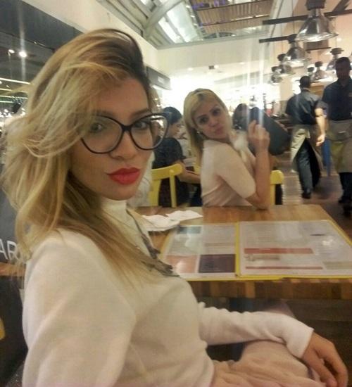 Estilo Girlie + o Doce Gift do Pereira Café