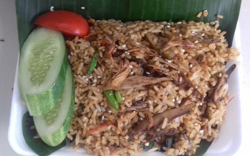 Coba Geh menu kuliner dengan rasa rempah nusantara nasi goreng rempah cakalang ala mas djenggot
