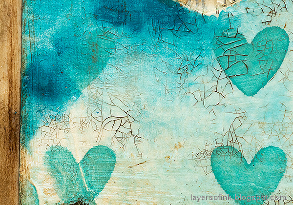 Layers of ink - Mixed Media Heart Windows Tutorial by Anna-Karin Evaldsson. Crackle paste background.