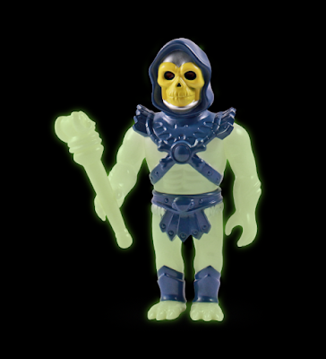 "WonderCon Exclusive Masters of the Universe ""Ghoul Glow"" Skeletor Soft Vinyl Figure by Super7 x Gargamel"