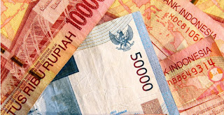 Rupiah menguat tinggalkan level Rp 13.000 per USD