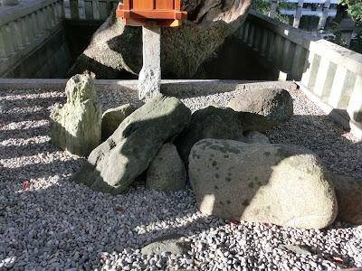 住吉大社誕生石