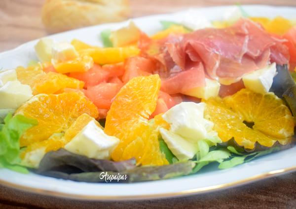 Ensalada de Queso Camembert, Naranja y Jamón. Vídeo Receta