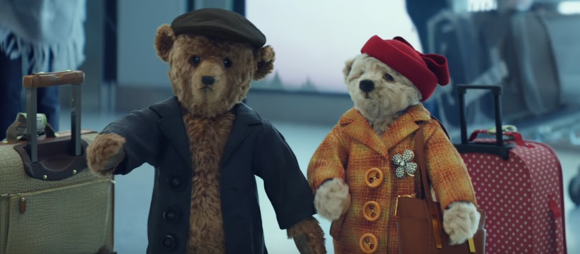 Coming Home For Christmas.Heathrow Airport Coming Home For Christmas Advert Featuring