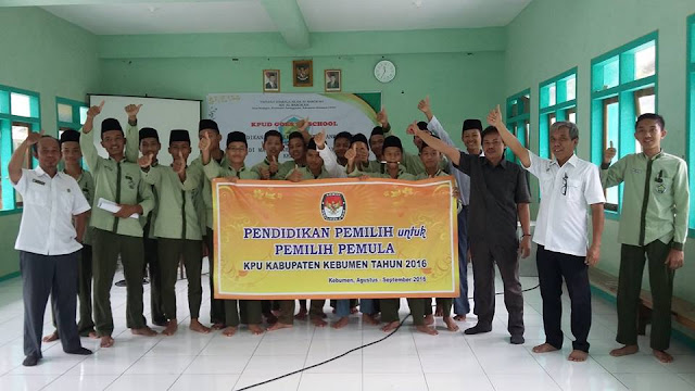 Siapkan Pemilih Cerdas dan Rasional; KPU Roadshow ke Sekolah