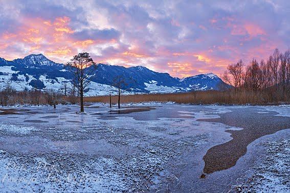 Winterabend am Lauerzersee - mit Rigi