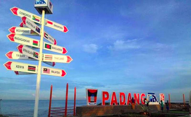 Gambar Pantai Padang Taplau Di Sumatera Barat