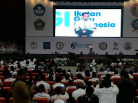 Presiden Jokowi: Guru Harus Ajarkan Anak Didik Dalam Bermain Sosial Media