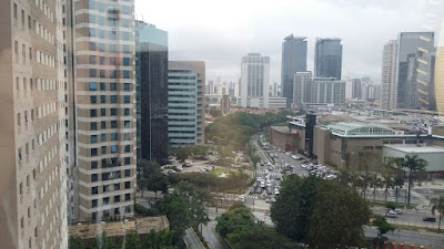 Morumbi Shopping e arredores vistos desde o hotel Ibis Budget