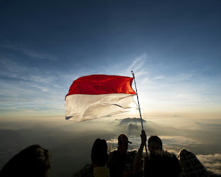 Bendera Indonesia Berkibar