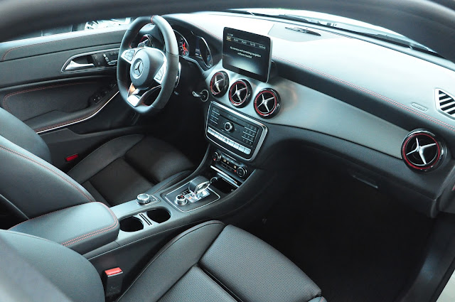Mercedes AMG CLA 45 4MATIC mang lại cảm giác lái thể thao
