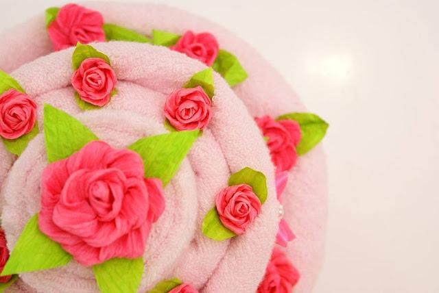 tort z ręczników towel cake