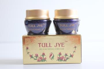 Tull Jye Bleaching Cream A dan B