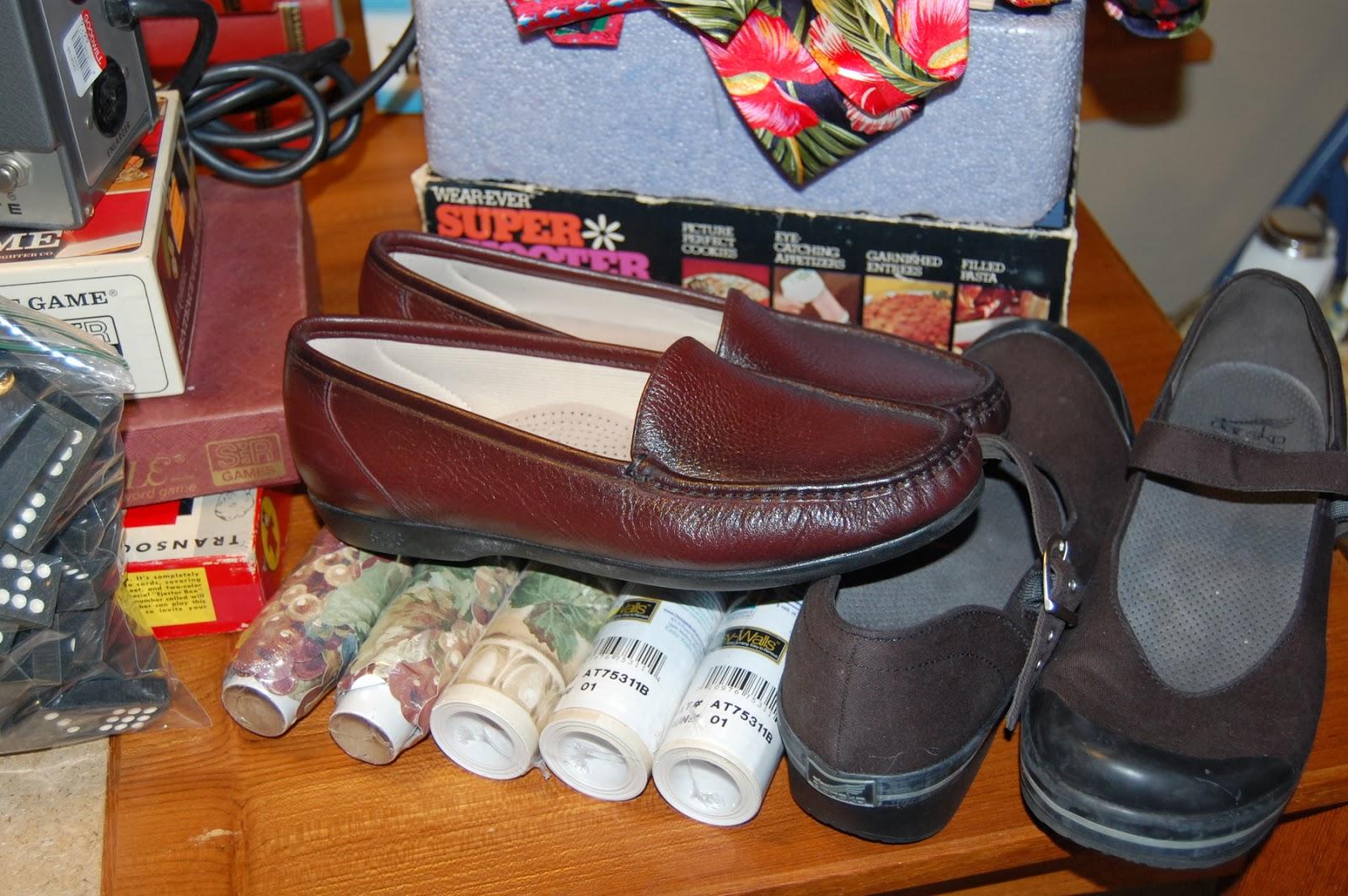 This Is More An Ebay Pile Some Sas Shoes Dansko Vegan