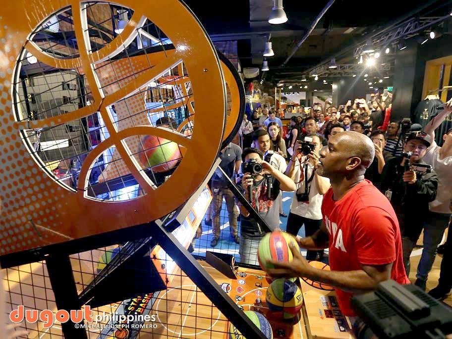 e0bc58f7712e Payton in town to grace NBA Store Cebu opening