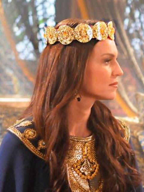 Rainha da Babilonia em O rico e lazaro