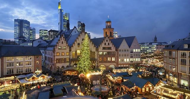 Feirinha de Natal na Römerberg em Frankfurt