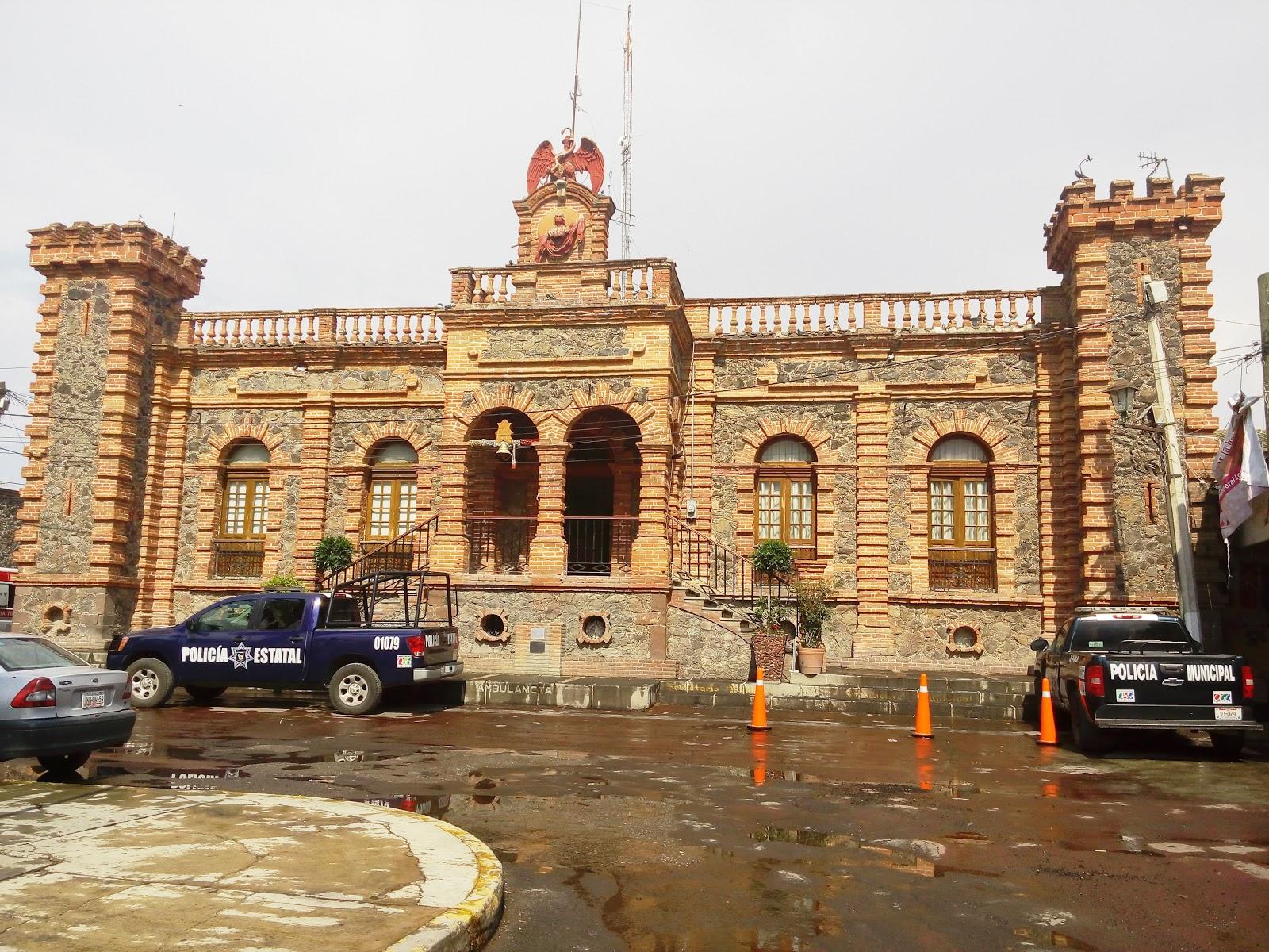 Prensa oppeem en villa de tezontepec hidalgo con luis for Villas de tezontepec
