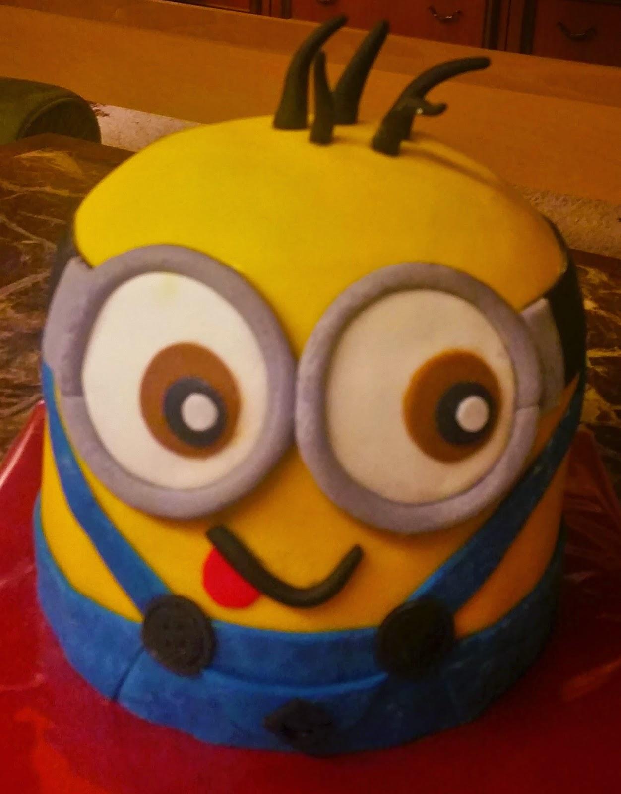 Sandy S Kitchendreams Minion Kuchen