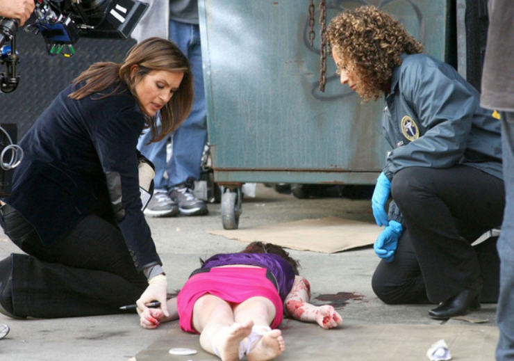 All Things Law And Order Svu On Location With Mariska