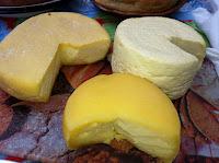 Resultado de imagem para foto Queijo minas e queijo meia cura