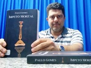 Paulo Gomes exibe 'Ímpeto Mortal' (foto: Ricardo Welbert)