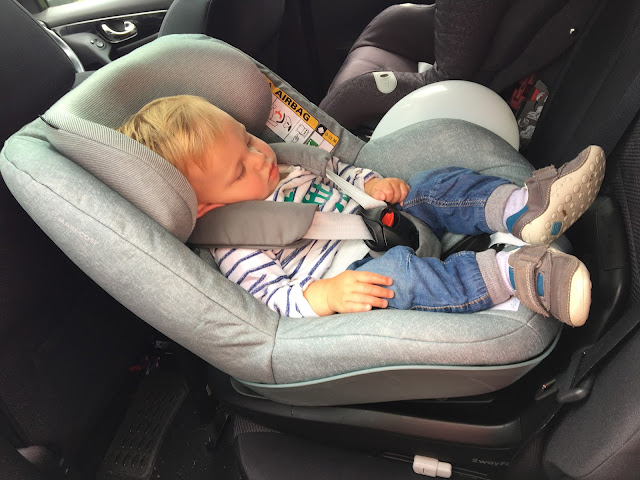 Which carseat Is best?* Maxi Cosi Pearl 2 way