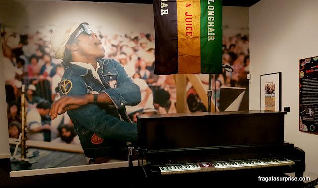 Exposição no Museu do Jazz de Nova Orleans sobre o músico Professor Longhair