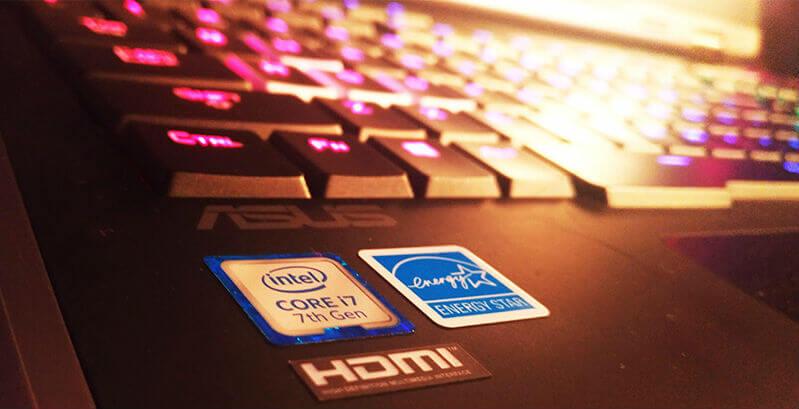 Dukungan dari processor Intel Core i7 7820 HK pada notebook ASUS ROG GX800
