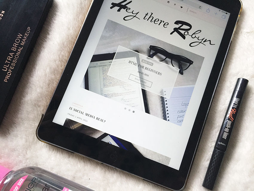 heythererobyn on ipad, Garner micellar water, Benefit Push Up Liner