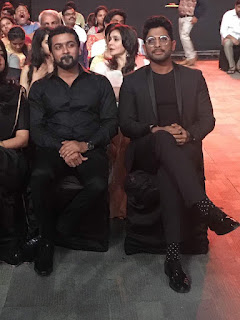 Surya with Allu Arjun in Filmfare 2017