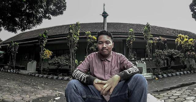 Wiliam Seorang Duda Beragama Islam, Suku Madura, Berprofesi Wirausaha Di Kota Malang Jawa Timur Mencari Wanita Imut Untuk Dijadikan Pacar Atau Teman Kencan